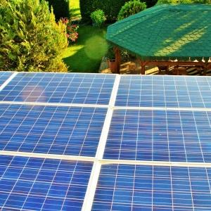 napelem-energiatakarek-tahi